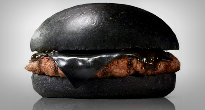 all-black-macdonalds-panino-tutto-nero-01